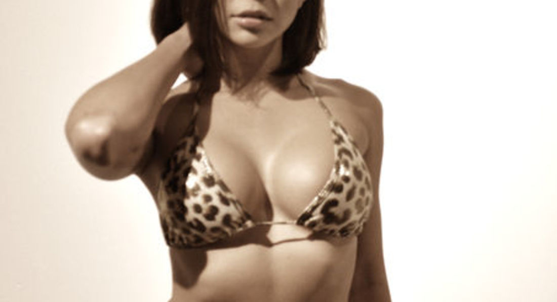 Mr World & Miss Italia Bikini
