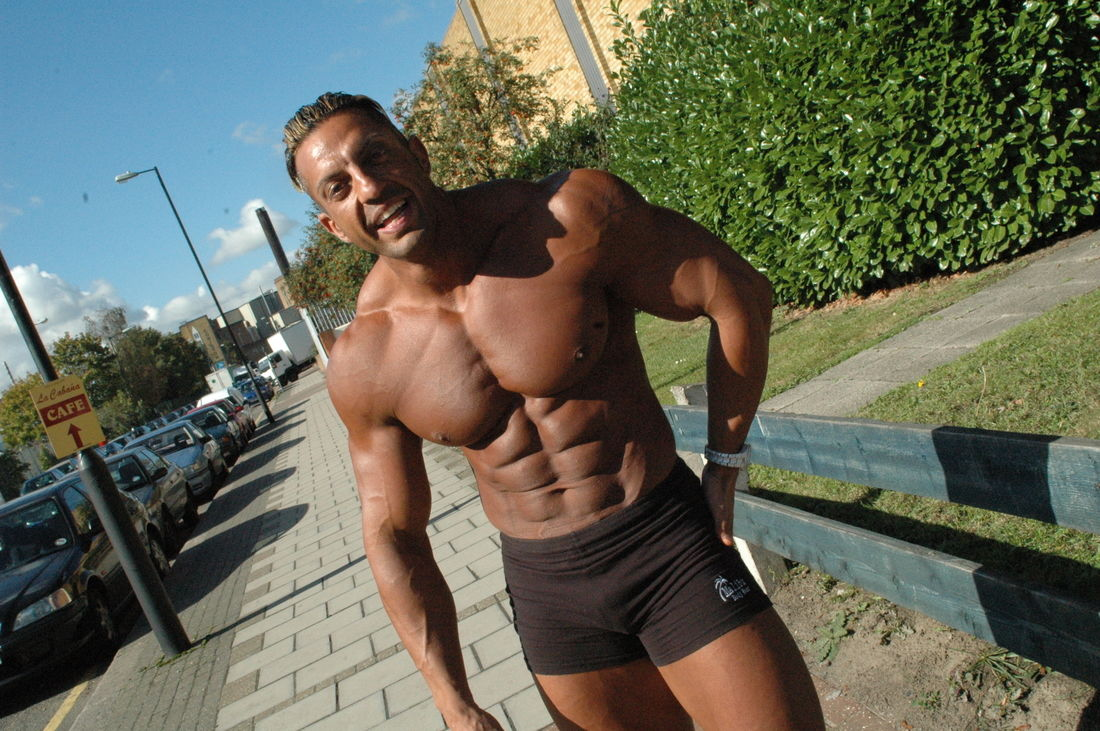Zak Pallikaros in 2004