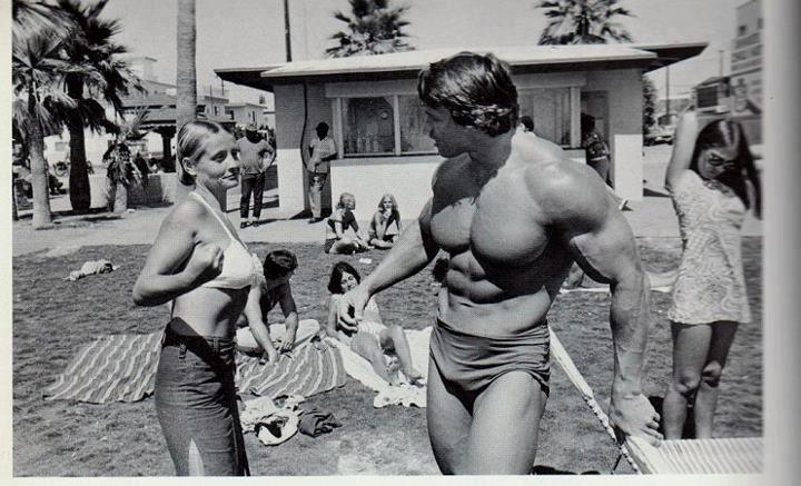 Arnold Schwarzenegger classic bodybuilding photo, Venice Beach