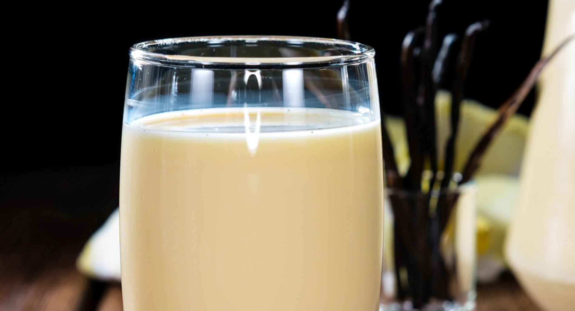 Almond blast shake