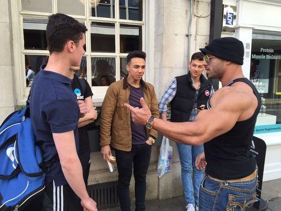 Zee Shredded Diesel giving advice to some fans