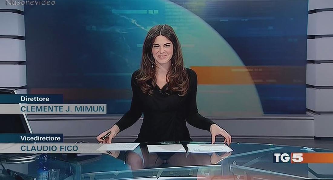 Italian newsreader does BASIC INSTINCT live on air!