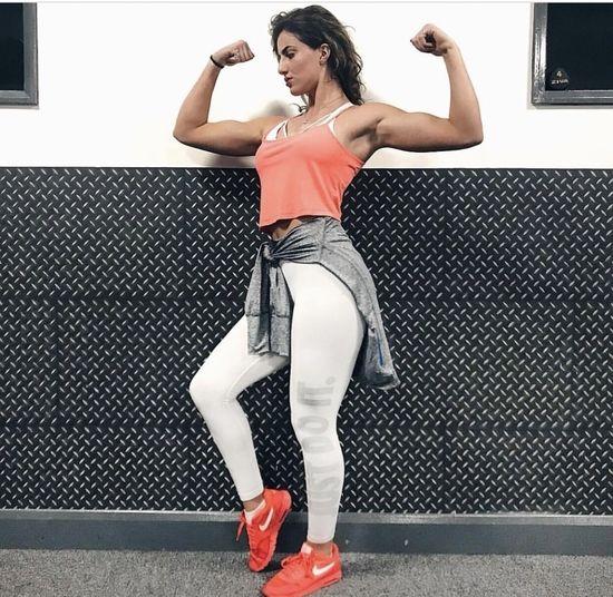 LA Muscle TV Star Sofia Shamimi