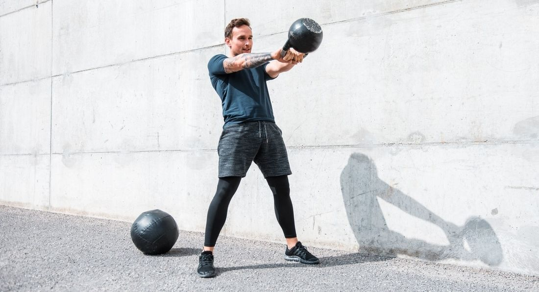 20-Minute Kettlebell Workout to Keep Your Fat-Burning Going