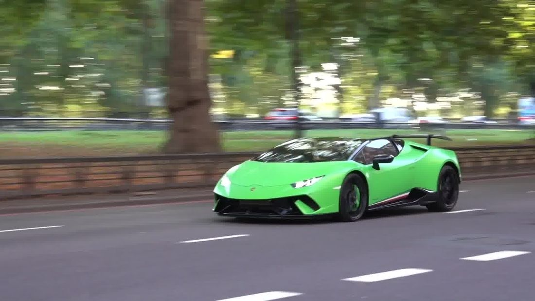 Ultimate London Lamborghini Highlights