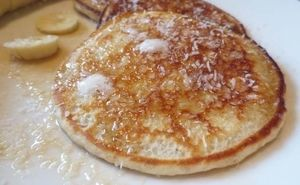 Low-Carb Coconut Pancakes