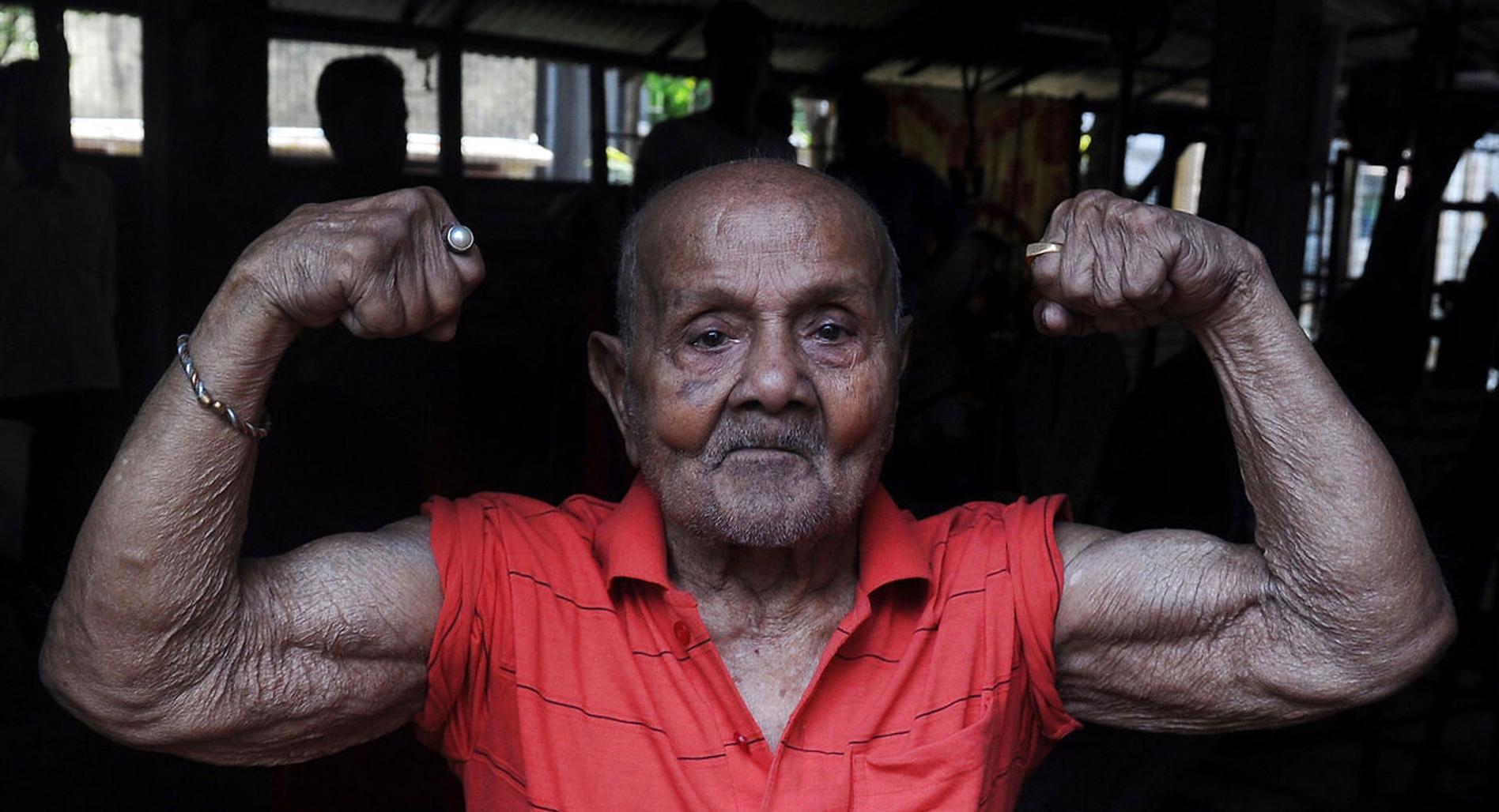 World's oldest bodybuilder at 103 years!