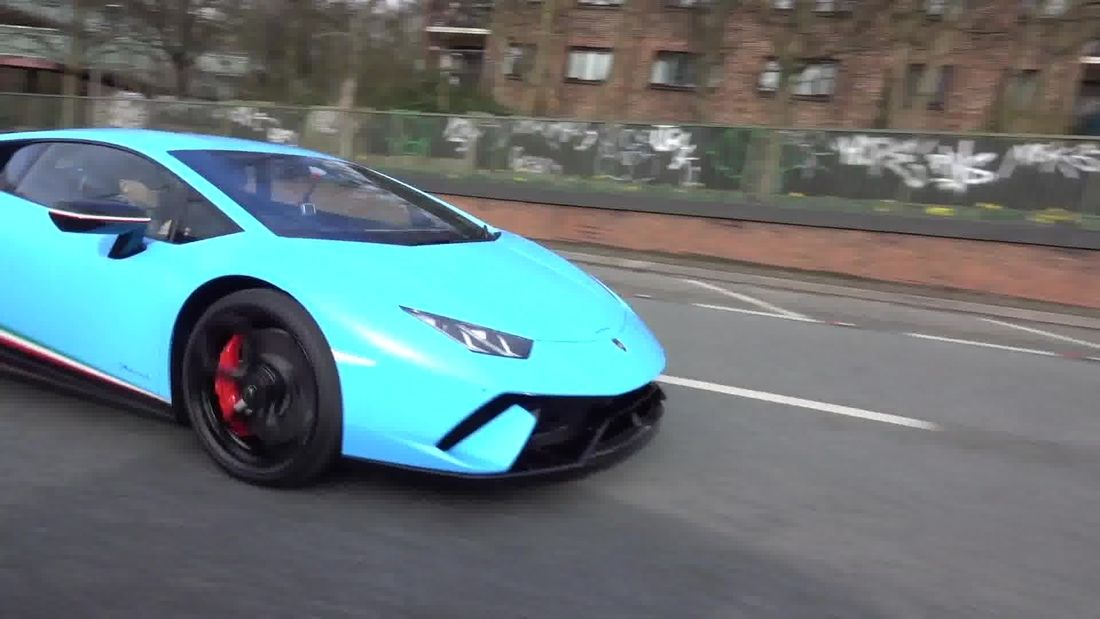 Lamborghini V Lamborghini Huracan Performante