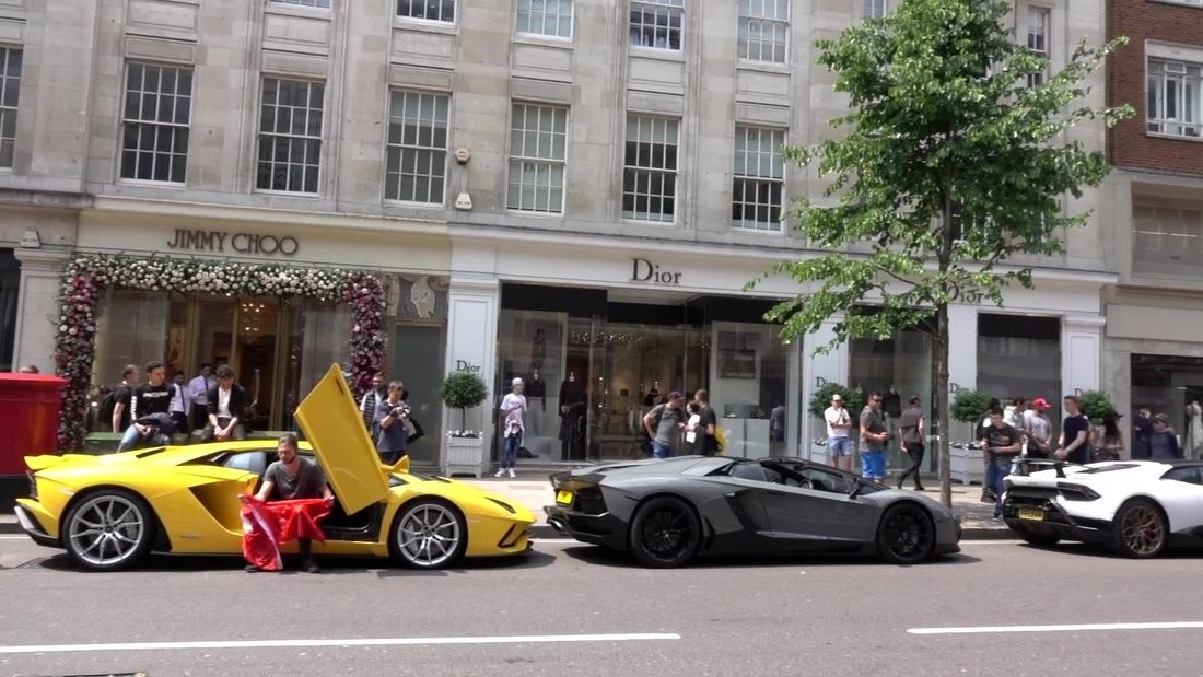 OMG! Sloane Street TAKEN OVER by Supercars