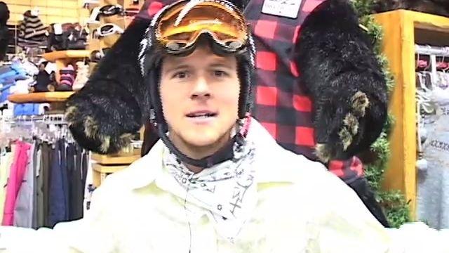 Snowboarding Zac Titus