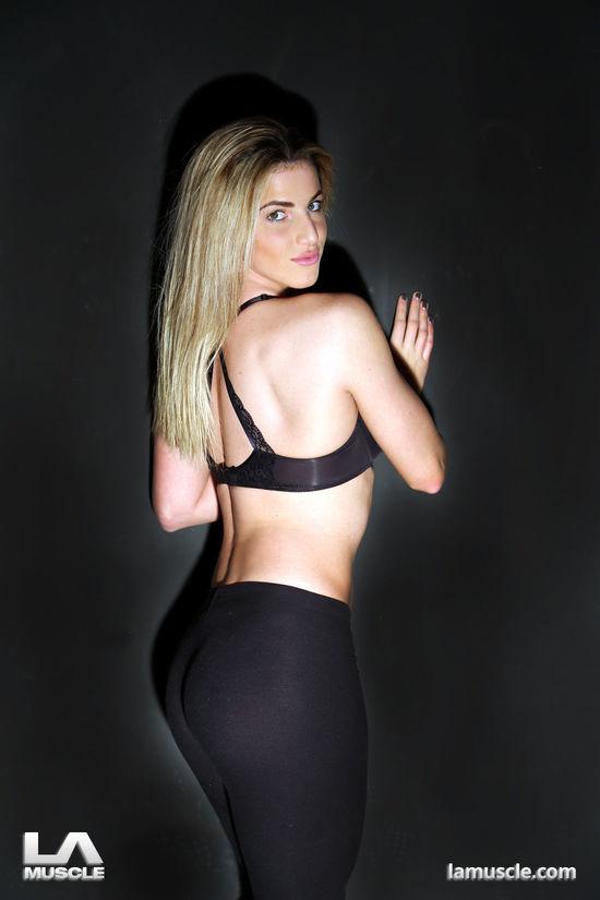 Fitness model Sofia Shamimi