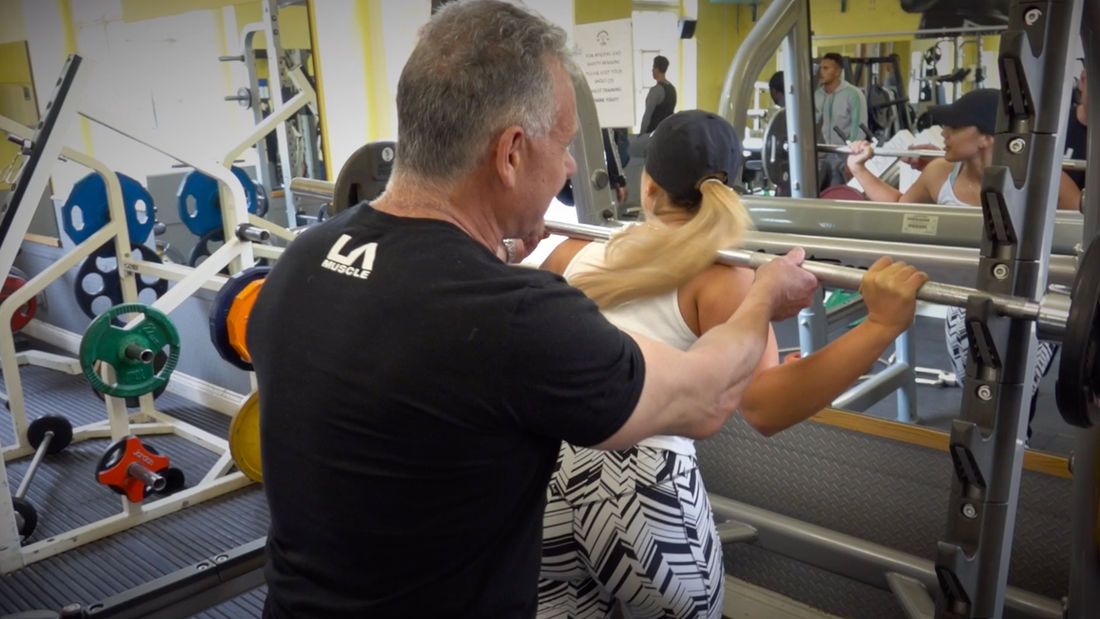 Master TRAINER OF CHAMPIONS shows you how to train PROPERLY in the gym
