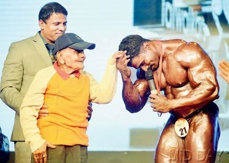 Manohar Aich now, over 100 years old!