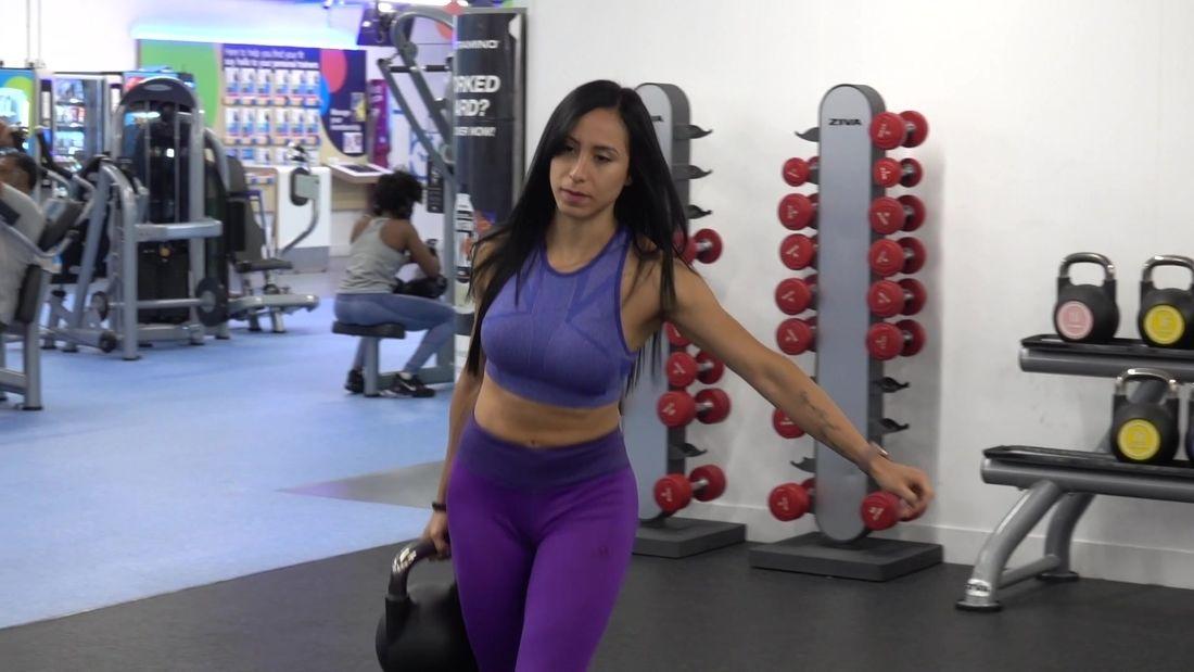 Top 5 Latina Girls Training GLUTES!