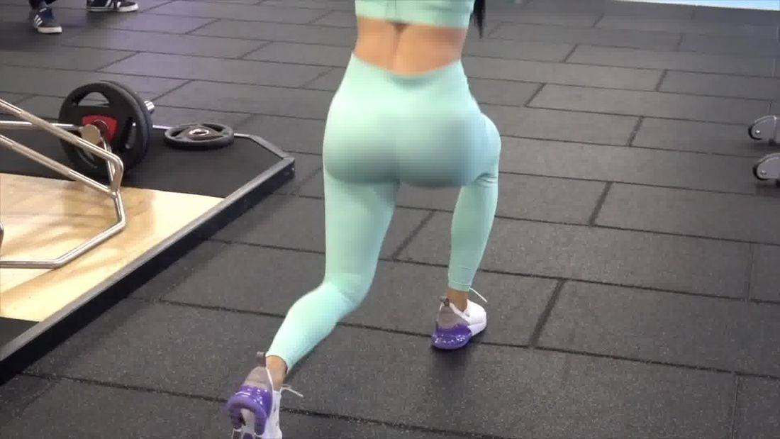 Top 5 Walking Lunges for best legs and glutes! Top gym tips!