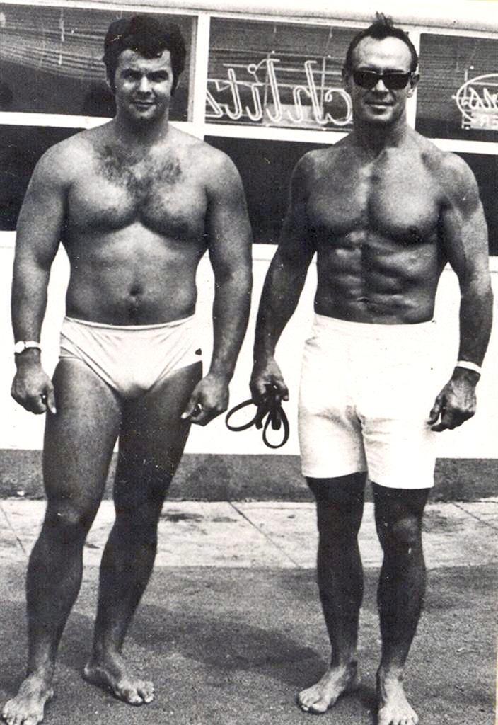 Zabo Kosweski, classic muscle beach photo